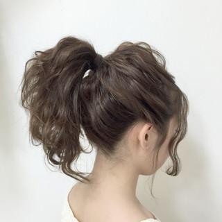 セミロング 簡単ヘアアレンジ ショート 波ウェーブ ヘアスタイルや髪型の写真・画像