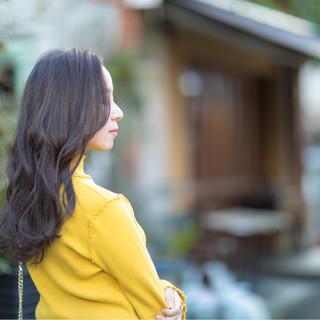ロング 外国人風 グレージュ 上品 ヘアスタイルや髪型の写真・画像