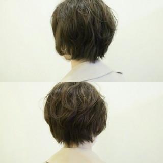 ショート ふわふわ 前髪あり パーマ ヘアスタイルや髪型の写真・画像