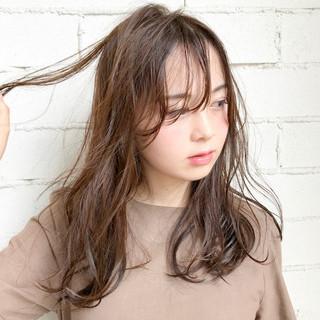 簡単ヘアアレンジ セミロング ガーリー フェミニン ヘアスタイルや髪型の写真・画像
