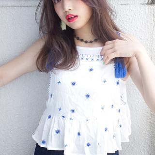 外国人風 セミロング ワイドバング 大人かわいい ヘアスタイルや髪型の写真・画像