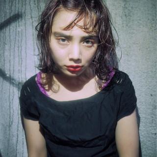 簡単ヘアアレンジ レッド 外国人風 ボブ ヘアスタイルや髪型の写真・画像