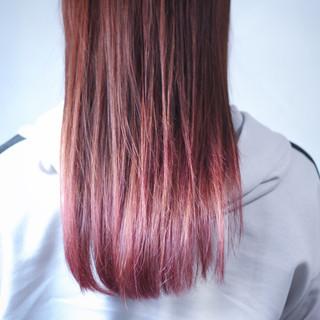 ロング グラデーションカラー モーブ ベリーピンク ヘアスタイルや髪型の写真・画像