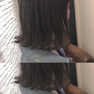 大人女子 ナチュラル 暗髪 外ハネ ヘアスタイルや髪型の写真・画像