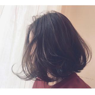 外国人風 ナチュラル モード アッシュ ヘアスタイルや髪型の写真・画像