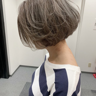 ダブルカラー 切りっぱなしボブ 外国人風カラー ショートボブ ヘアスタイルや髪型の写真・画像