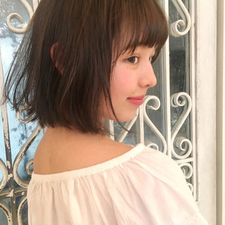ミルクティー ガーリー フリンジバング アッシュ ヘアスタイルや髪型の写真・画像