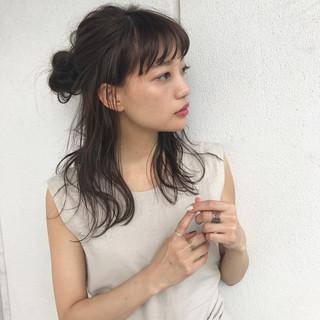 簡単ヘアアレンジ ミディアム 女子会 ナチュラル ヘアスタイルや髪型の写真・画像