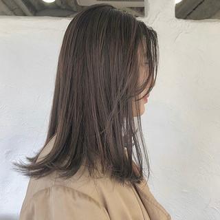 ウェットヘア デート ミディアム ナチュラル ヘアスタイルや髪型の写真・画像