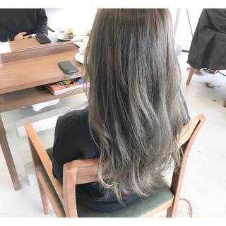 ニュアンス デート ミディアム ストリート ヘアスタイルや髪型の写真・画像
