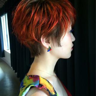 ショート グラデーションカラー モード ベリーショート ヘアスタイルや髪型の写真・画像