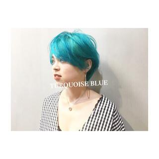 ストリート 涼しげ 色気 グレーアッシュ ヘアスタイルや髪型の写真・画像