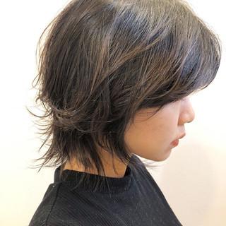 ウルフ ウルフカット ミディアムレイヤー モード ヘアスタイルや髪型の写真・画像