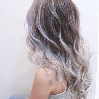 バレイヤージュ ハイライト 透明感 ナチュラル ヘアスタイルや髪型の写真・画像