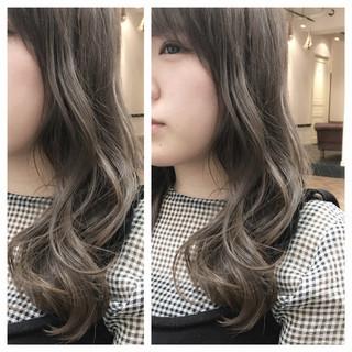 グラデーションカラー 外国人風 ハイライト セミロング ヘアスタイルや髪型の写真・画像