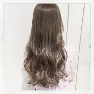 コンサバ アッシュ 暗髪 パーマ ヘアスタイルや髪型の写真・画像