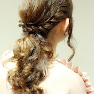セミロング ヘアアレンジ フェミニン ショート ヘアスタイルや髪型の写真・画像