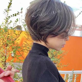 ショート パーマ ナチュラル アンニュイほつれヘア ヘアスタイルや髪型の写真・画像