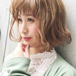 キュート 波ウェーブ ウェーブ 大人女子 ヘアスタイルや髪型の写真・画像