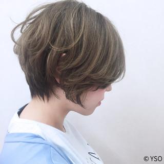 ストリート アッシュ ゆるふわ 外国人風 ヘアスタイルや髪型の写真・画像