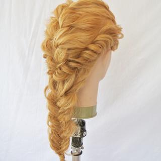 編み込み ヘアアレンジ ロング フィッシュボーン ヘアスタイルや髪型の写真・画像