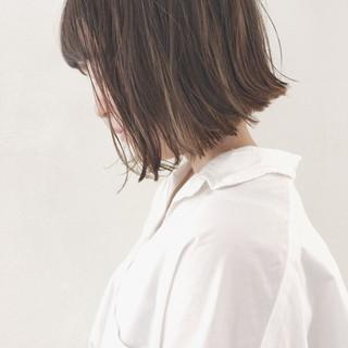 梅雨 切りっぱなし デート ボブ ヘアスタイルや髪型の写真・画像