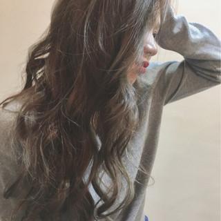 ハイライト アッシュ ブリーチ ストリート ヘアスタイルや髪型の写真・画像