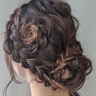 結婚式ヘアアレンジ お花ヘア フェミニン ロング ヘアスタイルや髪型の写真・画像