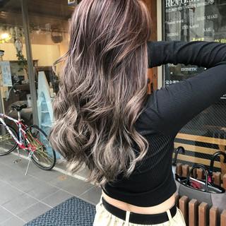 エレガント 外国人風カラー ハイライト バレイヤージュ ヘアスタイルや髪型の写真・画像