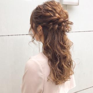 ナチュラル アンニュイほつれヘア ロング 簡単ヘアアレンジ ヘアスタイルや髪型の写真・画像