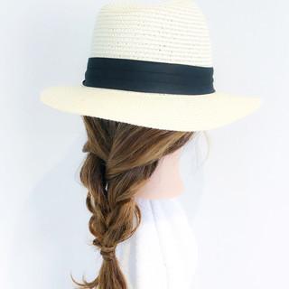 オフィス アウトドア リラックス デート ヘアスタイルや髪型の写真・画像