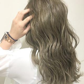 アッシュ 外国人風 渋谷系 ロング ヘアスタイルや髪型の写真・画像