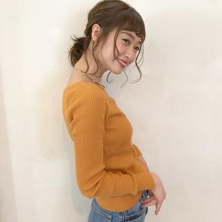 簡単ヘアアレンジ アンニュイ 後れ毛 ミディアム ヘアスタイルや髪型の写真・画像