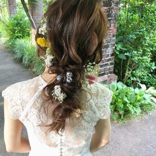 セミロング アンニュイほつれヘア ヘアアレンジ 結婚式ヘアアレンジ ヘアスタイルや髪型の写真・画像