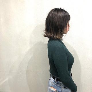 外ハネボブ ハイライト 簡単スタイリング ナチュラル ヘアスタイルや髪型の写真・画像