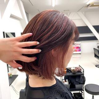 切りっぱなしボブ ピンクカラー ミニボブ ロング ヘアスタイルや髪型の写真・画像