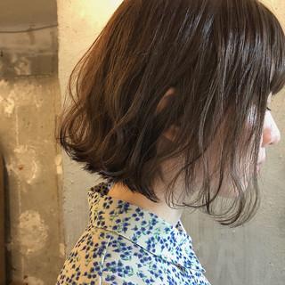 暗髪 アンニュイほつれヘア 透明感 ナチュラル ヘアスタイルや髪型の写真・画像