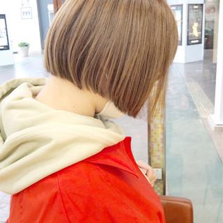 大人かわいい ボブ ブラウンベージュ ベージュ ヘアスタイルや髪型の写真・画像