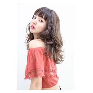 暗髪 大人かわいい 外国人風 ナチュラル ヘアスタイルや髪型の写真・画像 ヘアスタイルや髪型の写真・画像