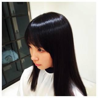 シースルーバング 外国人風 ナチュラル グラデーションカラー ヘアスタイルや髪型の写真・画像 ヘアスタイルや髪型の写真・画像