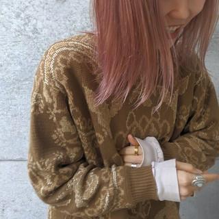 ナチュラル ピンク ラベンダーピンク ミディアム ヘアスタイルや髪型の写真・画像