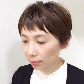ウェットヘア 抜け感 レイヤーカット ナチュラル ヘアスタイルや髪型の写真・画像