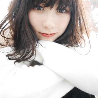 ロブ 冬 外ハネ デート ヘアスタイルや髪型の写真・画像