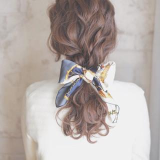 大人かわいい ショート ヘアアクセ ゆるふわ ヘアスタイルや髪型の写真・画像 ヘアスタイルや髪型の写真・画像