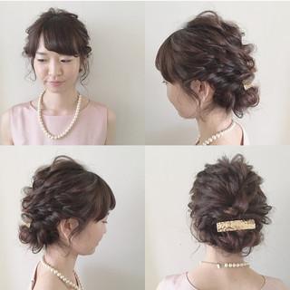 結婚式 ガーリー セミロング ナチュラル ヘアスタイルや髪型の写真・画像 ヘアスタイルや髪型の写真・画像