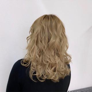 ハイトーンカラー モード ベージュ ホワイトカラー ヘアスタイルや髪型の写真・画像