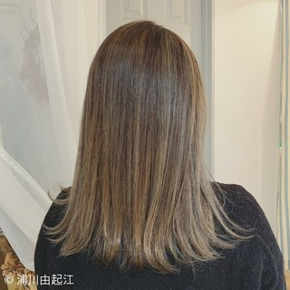 ミディアム モテ髪 デート エレガント ヘアスタイルや髪型の写真・画像