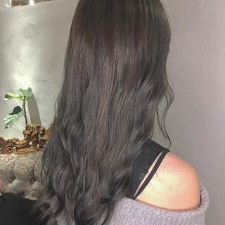 ブリーチ 外国人風 グレージュ ロング ヘアスタイルや髪型の写真・画像