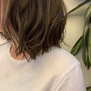 ストリート アウトドア ミディアム オフィス ヘアスタイルや髪型の写真・画像