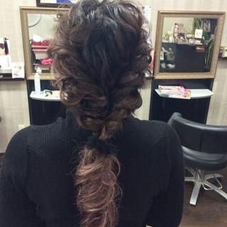 ロング 編み込み ヘアアレンジ ロープ編みアレンジヘア ヘアスタイルや髪型の写真・画像